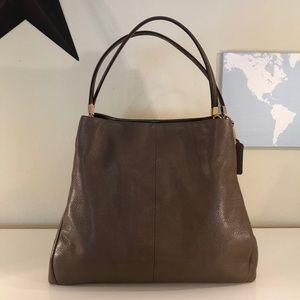Coach Shoulder Bag Taupe